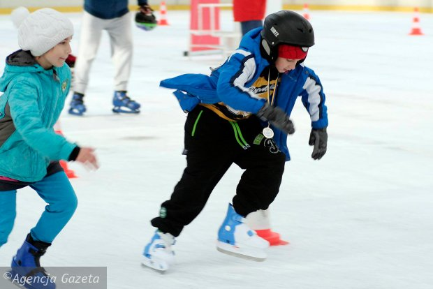 Olimpiada dzieci w jeździe szybkiej na łyżwach [ZDJĘCIA]
