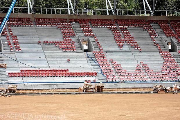 Zdjęcie numer 2 w galerii - Budowa stadionu Widzewa. Widać już napis