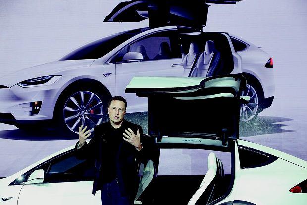 Elon Musk: 'Myśl, jak wszystko zrobić lepiej, i poprawiaj sam siebie'.
