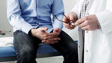 Czym objawia się niepłodność u mężczyzn?