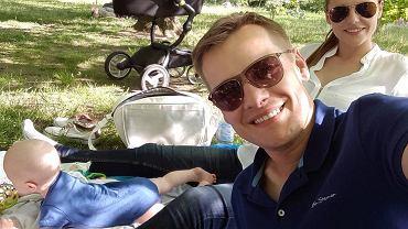Marcin Mroczek z rodziną