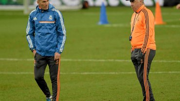 Zinedine Zidane i Carlo Ancelotti