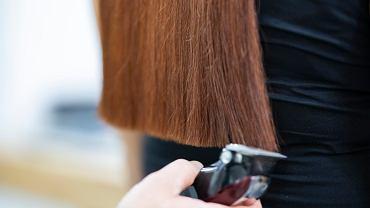 Czy obcinanie włosów w domu sobie lub swojemu mężczyźnie to dobry pomysł?