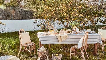 Rustykalne krzesła ogrodowe