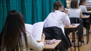 Kiedy egzamin ósmoklasisty 2021? W tym roku uczniowie podejdą do testu wyjątkowo późno