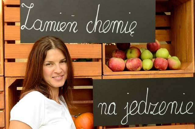 Julita Bator odrzuciła przetworzone produkty kiedy zrozumiała, że to niezdrowa dieta była powodem licznych kłopotów zdrowotnych jej rodziny.