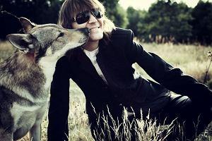Wilki wracają z nową płytą! Robert Gawliński: raz jeszcze chciałem poczuć się młodo