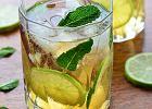 Ziołowo-limonkowy szprycer na upał