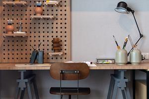 Biurko tradycyjne czy gamingowe dla nastolatka?