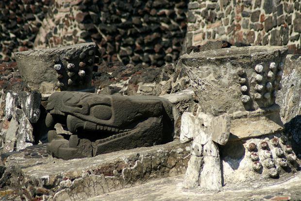Miasto Meksyk. Wokół świątyni azteckiej Templo Mayor