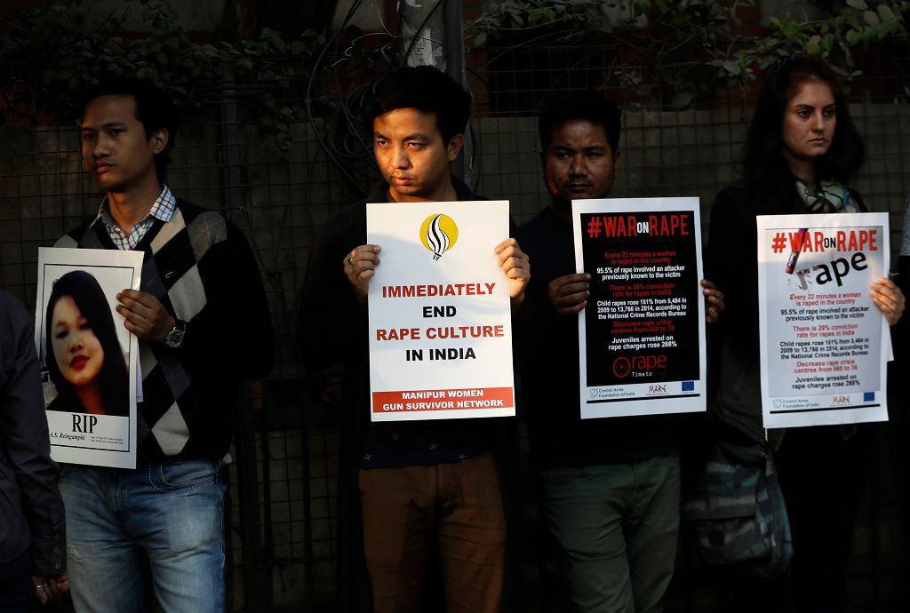 Protest przeciwko gwałtom w Indiach