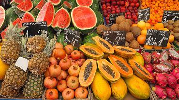 Egzotyczne owoce i warzywa na jesień. Jak je wybierać?