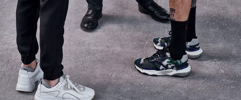 Te buty na lato męskie będą bardzo modne w tym sezonie! Wybraliśmy najlepsze oferty