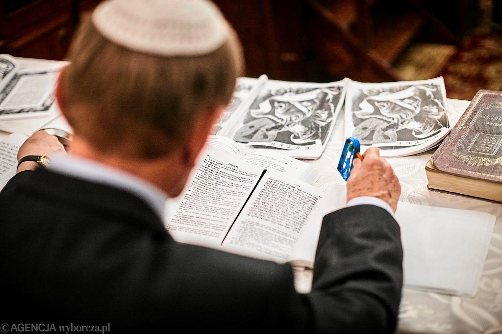 Dziennikarz pisał o 'wojnie z Żydami'