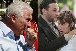 Rodzice Amy Winehouse - Mitch i Janis Winehouse, a także brat artystki - Alex przyszli pod dom zmarłej artystki.
