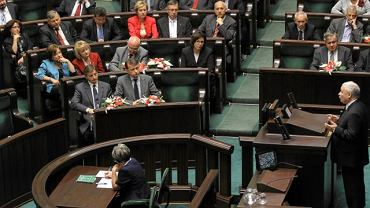 Jarosław Kaczyński przemawia w Sejmie (15 września 2011)