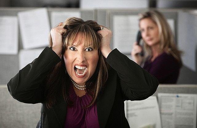 Żyjesz w ciągłym stresie? Uważaj, dopadnie cię łupież