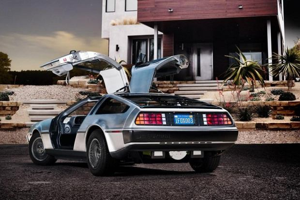 DeLorean DMC-12 EV
