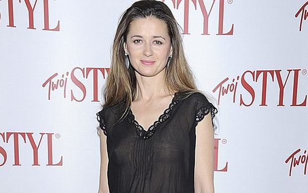 Agnieszka Grochowska (i jej piersi!) pojawiła się na imprezie Doskonałość Roku magazynu Twój Styl. Piękna aktorka znana jest z ról w