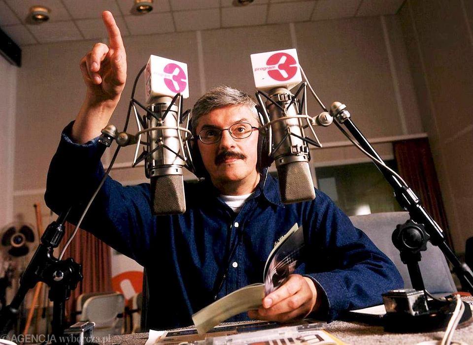 Marek Niedźwiecki w studiu radiowej