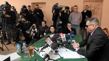 Krzysztof Rutkowski podczas konferencji ws. zaginionej Magdy z Sosnowca