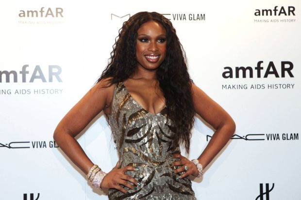 Actress Jennifer Hudson arrives at the annual American Foundation for AIDS Research (amfAR) New York Gala at Cipriani's on Wall Street in New York, February 8, 2012. REUTERS/Andrew Burton (UNITED STATES - Tags: ENTERTAINMENT)