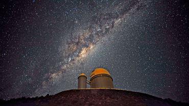 Kopuła teleskopu w obserwatorium w La Silla w Chile, dzięki któremu udało się oszacować liczbę planet w Drodze Mlecznej