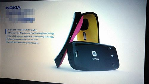 Nokia Lumia 808?