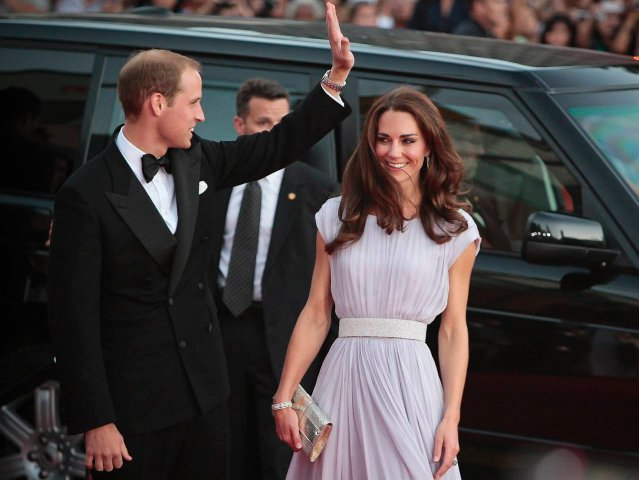 Prince William and Kate, the Duke and Duchess of Cambridge, arrive for the BAFTA Brits to Watch dinner, Saturday, July 9, 2011, at the Belasco Theatre in Los Angeles. The couple are on a three-day visit to California. (AP Photo/Bret Hartman)