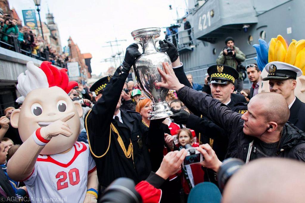 Gdańska parada z okazji przybycia Pucharu Euro