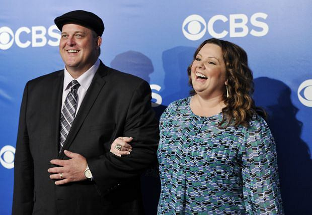 """Mike & Molly"" co-stars Billy Gardell and Melissa McCarthy attend the CBS network upfront presentation at The Tent at Lincoln Center, Wednesday, May 16, 2012 in New York. (AP Photo/Evan Agostini)"
