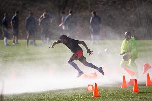 Światowej sławy piłkarze przetestowali nowe buty adidas Predator Lethal Zones [WIDEO]