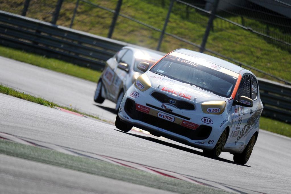 II runda Wyścigowych Samochodowych Mistrzostw Polski Kia Picanto rozgrywana jest na austriackim torze Red Bull Ring