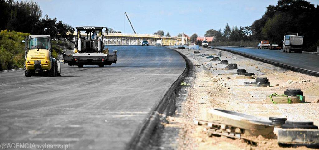 Sierpień 2011. Odcinek między węzłem Konotopa a węzłem Pruszków w budowie. Od niedzieli można już nim jeździć