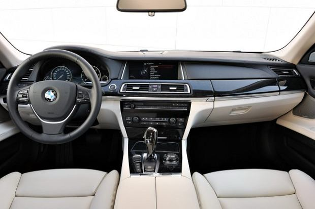 BMW serii 7 po faceliftingu
