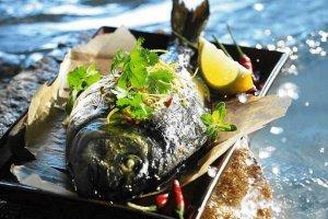 Ryby i owoce morza na ostro