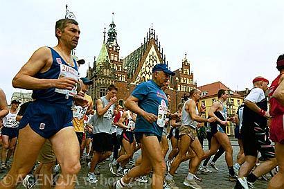 Przez lata start i meta wrocławskiego maratonu była na Rynku