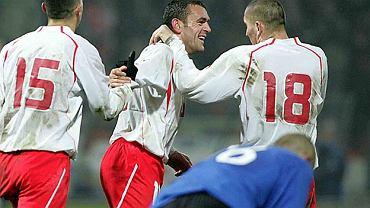 Grzegorz Piechna po zdobyciu gola w meczu reprezentacji z Estonią