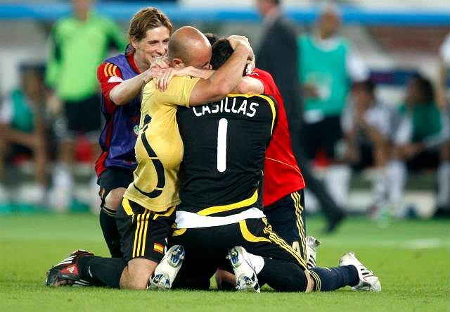 Pepe Reina nie zagrał ani minuty, ale cieszył się do czerwoności swojej ogolonej czaszki