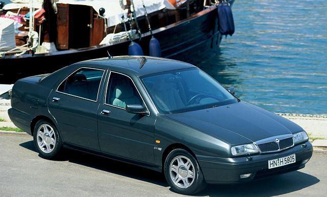 1994 - premiera modelu