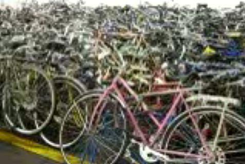 Naprawdę dużo skradzionych rowerów z Toronto (fot. za youtube.com/TorontoBMX)