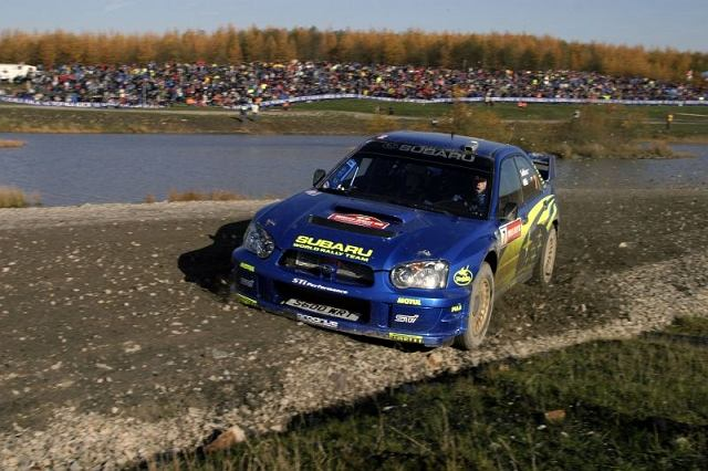 W 1995 roku Colin McRae (Subaru) musiał ostro walczyć o tytuł Mistrza Świata w ostatniej rundzie WRC. Historia zatoczyła koło w 2003 roku. Petter Solberg (Subaru) musiał walczyć o wygraną z Sebastianem Loebem (Citroen). Po ciężkiej rywalizacji w Rajdzie Wielkiej Brytanii, Solberg pokonał Loeba i zdobył upragniony tytuł Mistrz Świata 2003.