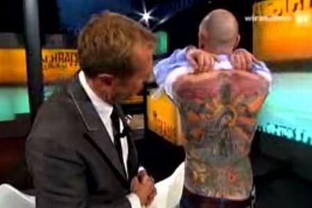 Sprzedał Tatuaż Na Plecach Za 150 Tys Euro