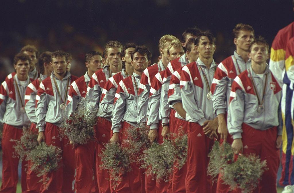 Igrzyska w Barcelonie. Dekoracja piłkarskiej reprezentacja Polski