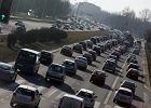 """Warszawa osiągnęła """"szokujący wskaźnik motoryzacji"""". Teraz trzeba zachęcić kierowców do transportu zbiorowego"""