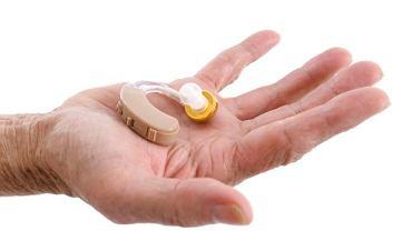 Rodzaj aparatu słuchowego zależy od wielkości uszu i wielkości ubytku słuchu.