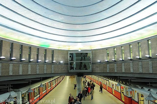 Stacja warszawskiego metra Plac Wilsona