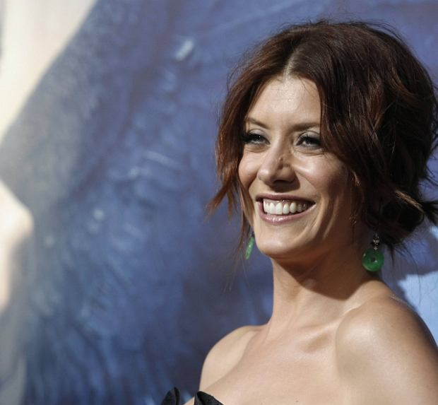 "Actress Kate Walsh arrives at the premiere of the feature film ""Legion"" in Los Angeles on Thursday, Jan. 21, 2010.  (AP Photo/Dan Steinberg)"
