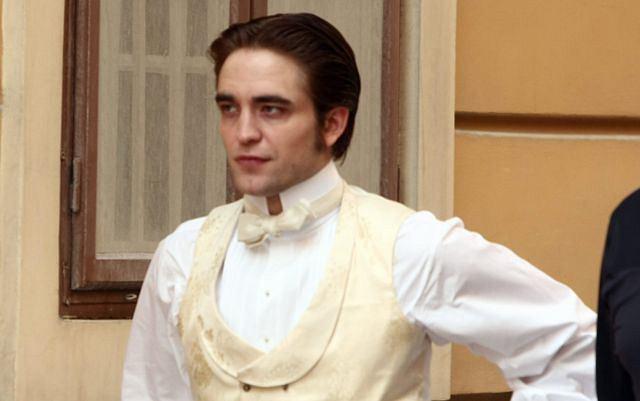 Bożyszcze nastolatek w końcu wygląda jak prawdziwy dżentelmen. Podoba wam się?