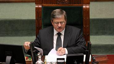 Bronisław Komorowski zamówił ekspertyzę prawną w wypadku ogłoszenia stanu klęski żywiołowej